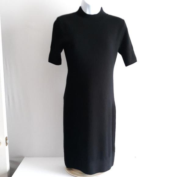 ed35ee466e5002 GAP Dresses | Merino Wool Short Sleeve Sweater Dress | Poshmark